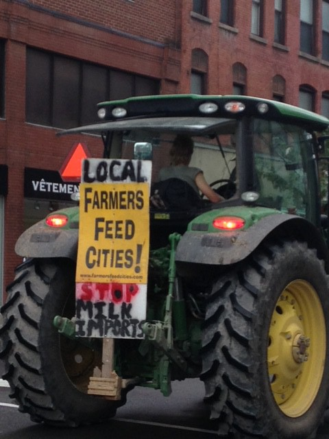 On September 29, Dairy farmers from eastern Ontario took their tractors to protest on Parliament Hill.