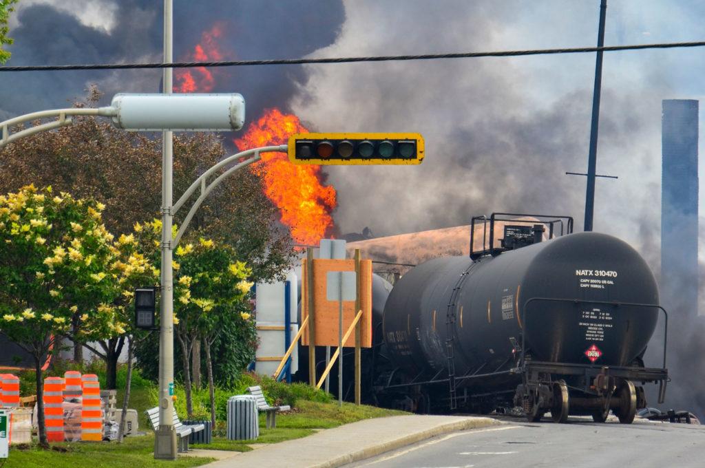 Train derailment Lac-Megantic flames Quebec
